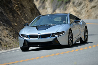 BMW-2014-i8-on-the-road-01