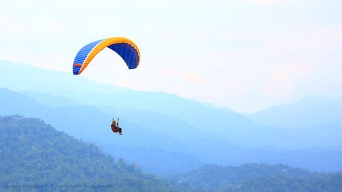 paragliding paraglidingmalaysia paraglidingkkb canon 5dmk3 nature malaysia kualakubu annamir flywithnature darulquranjakim