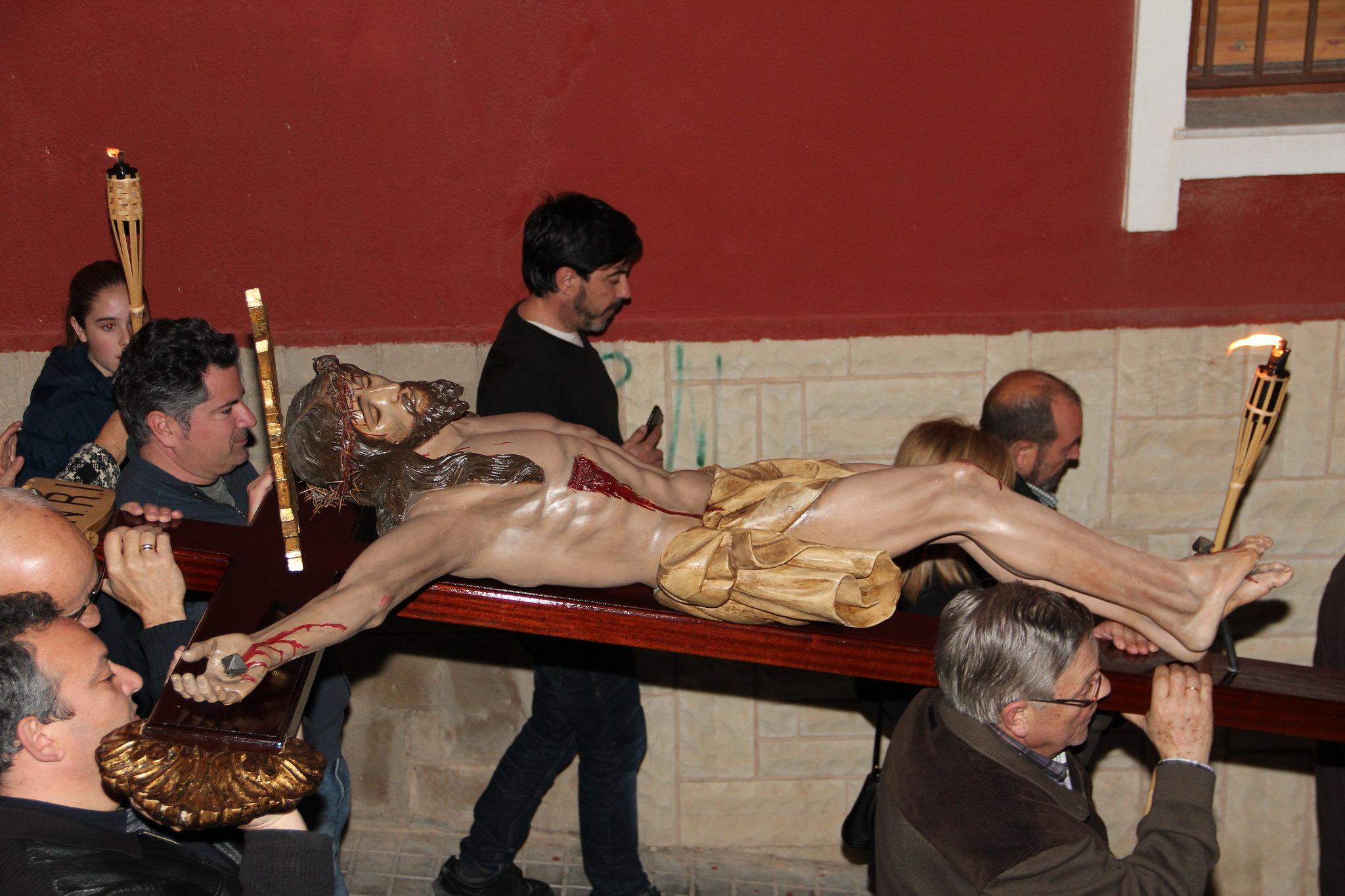 (2015-03-27) - VI Vía Crucis nocturno - Antonio José Verdú Navarro (40)