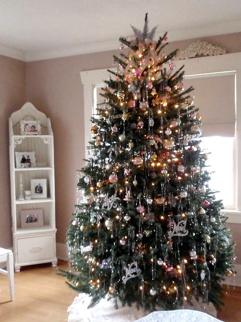 Christmas tree with vintage ornaments and tinsel