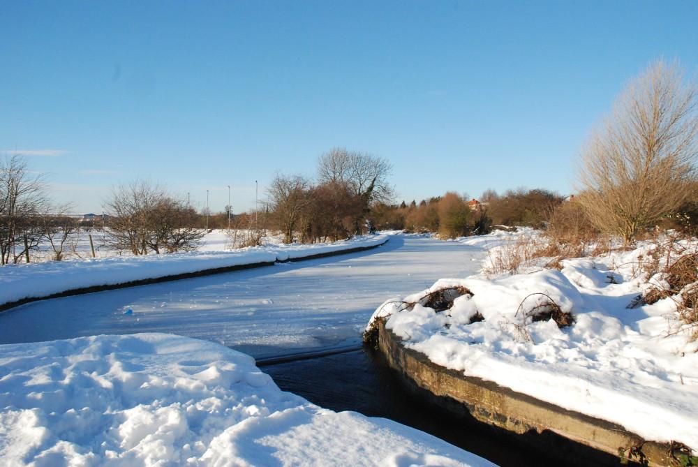 Worksop Town lock to Morse lock__To Manton viaduct_snow 532.JPG