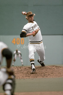 1976 Jerry Reuss Pittsburgh Pirates 4
