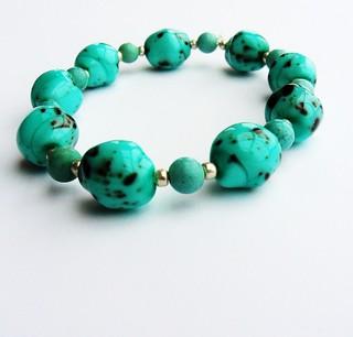 Turquoise Stone and Glass Bracelet | by www.metaphoricalplatypus.com