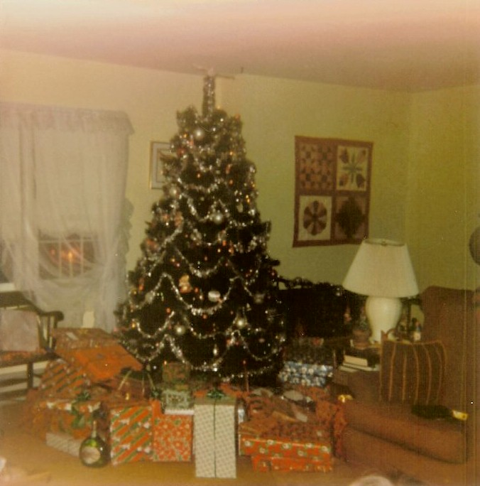 90s Christmas Tree.Christmas Tree Sometime In The Late 80 S Early 90 S