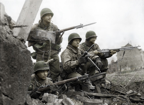 American soldiers - Battle of the Bulge WWII | Recolored usi