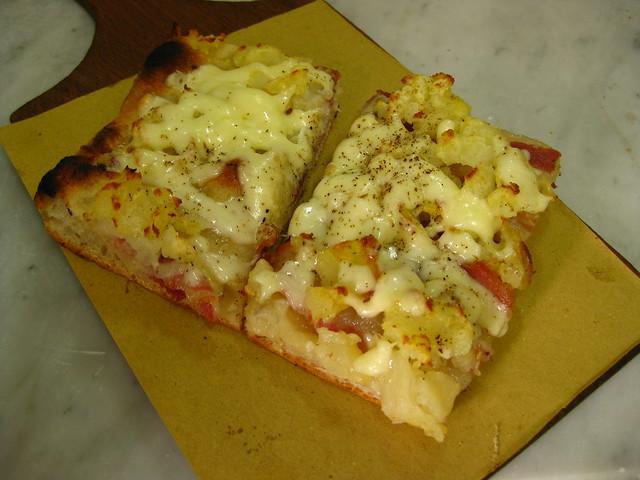 Potato and pancetta pizza at 00100 in Testaccio, Rome