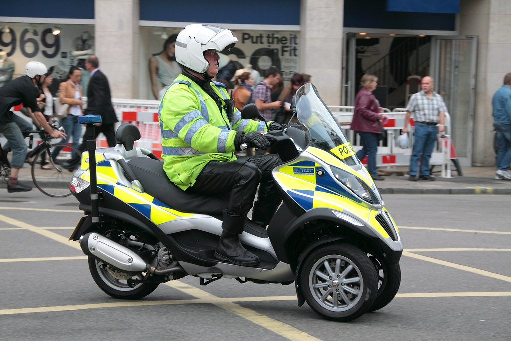 PCSO and Piaggio MP3 of the Met Police   Ian Press   Flickr