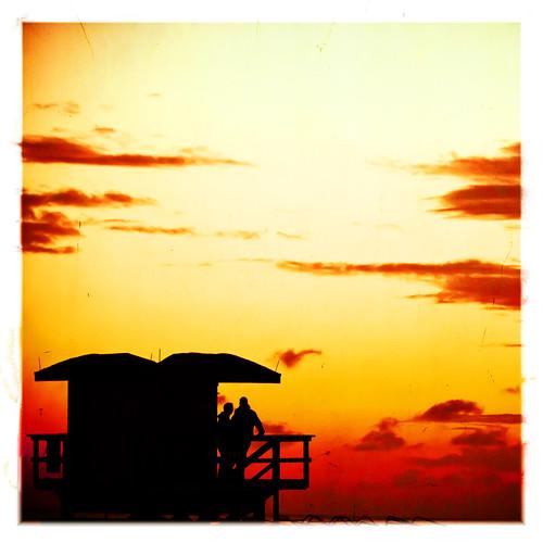 usa beach silhouette sunrise unitedstates florida miami 10 unitedstatesofamerica miamibeach southbeach lifeguardstand fav10 miamidadecounty