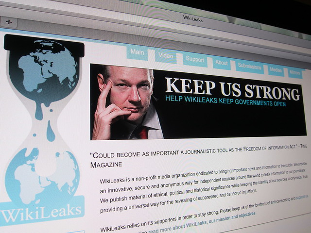 Cu o zi inainte de a disparea, Satoshi Nakamoto a scris despre WikiLeaks