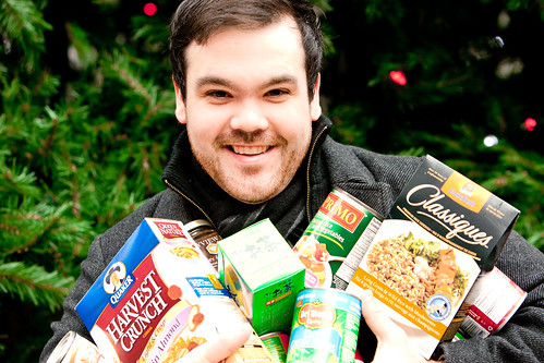 Shaun Layton Collects Food for Vancouver Food Bank | by Kris Krug