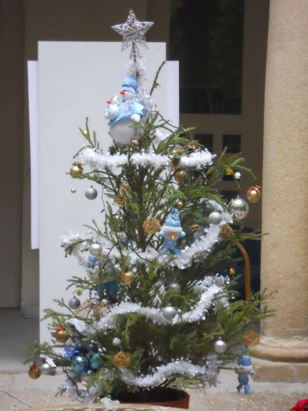 Abeto natural decorado Navidad