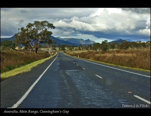 road sky mountains tree clouds landscape drive vanishingpoint highway view australia qld queensland 5photosaday