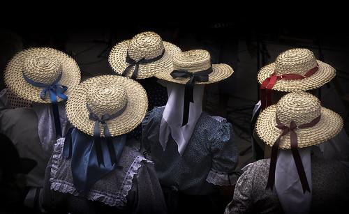 Dámaso Ávila Plasencia Sombreros femeninos Octava Cristo Calvario Icod 2007