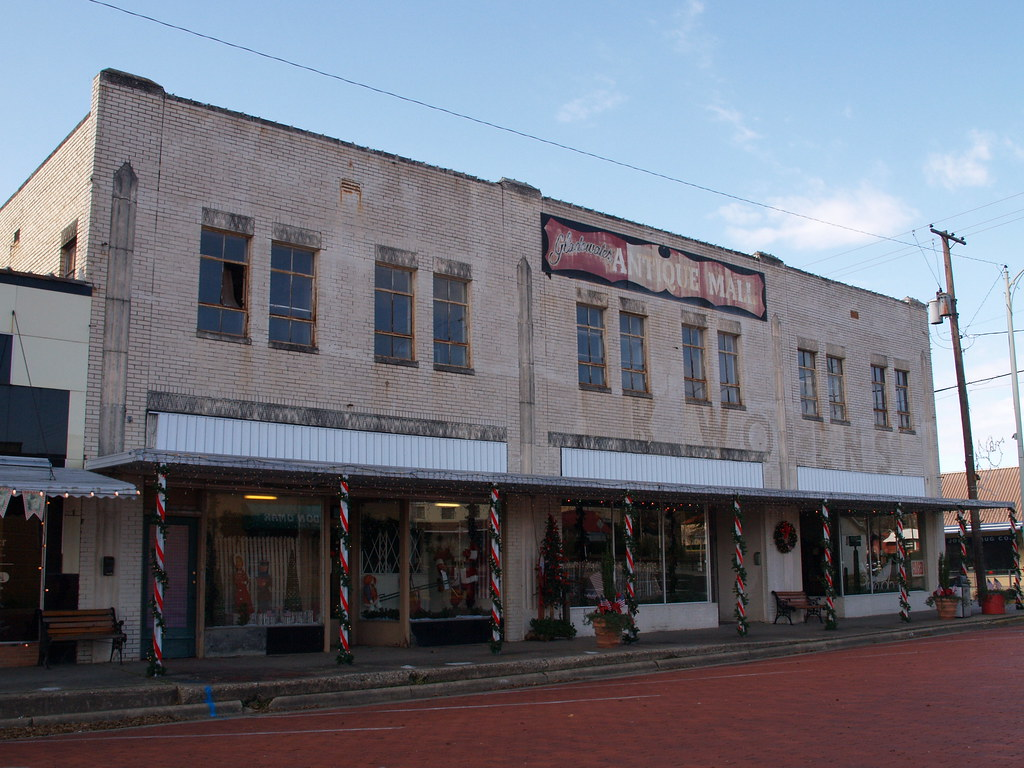 Gladewater Texas Old Historic Small Town in 2011 Roads Bui