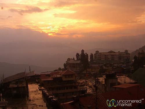 sunset sun india clouds dusk darjeeling westbengal dpn
