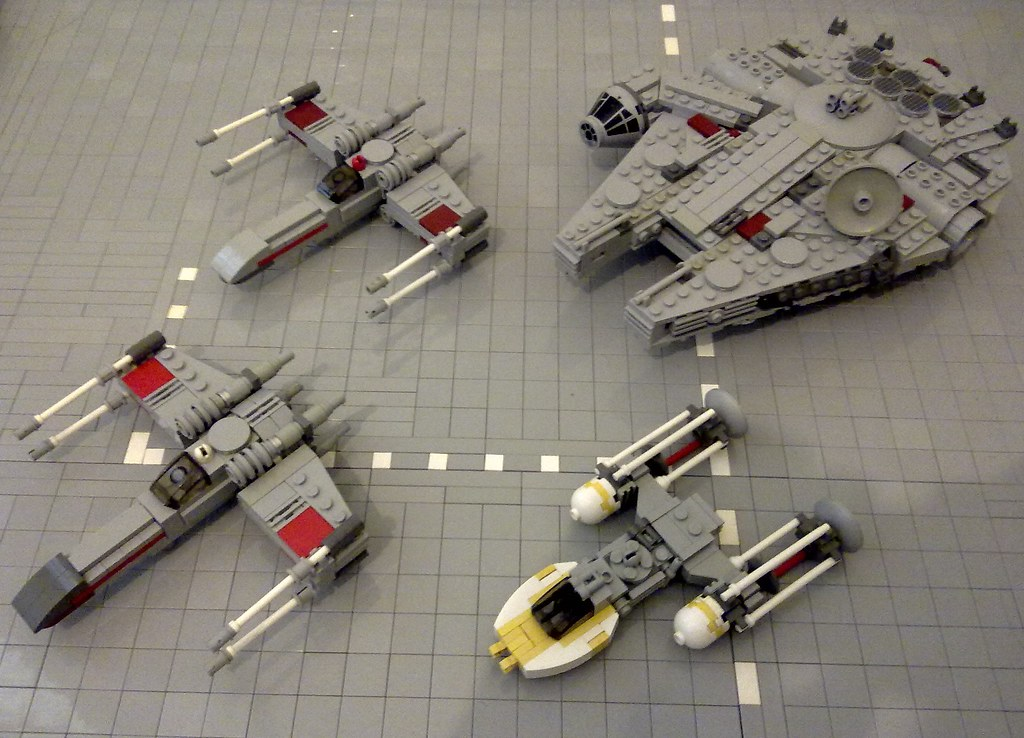 Star Wars Rebel Ships I Decided To Watch The Star Wars Fil Flickr