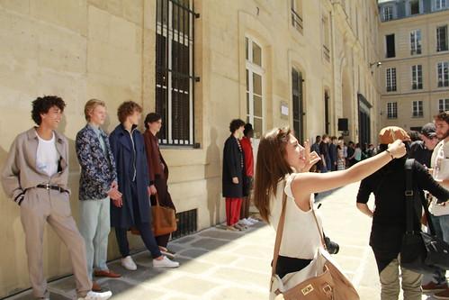 Smartphones at Fashion Week | by melissa.barrausme