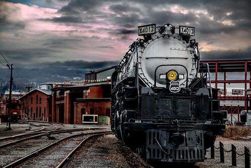 canon canon70d sigma1770mmf2845dcmacro unionpacific up railroad railroading locomotives locomotive