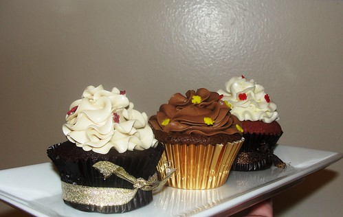 Thanksgiving Cupcakes( Mocha, Double Chocolate and Red Velvet