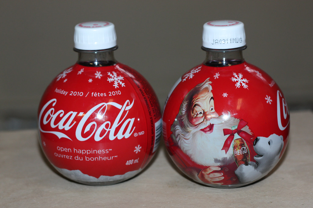 Coca Cola Christmas Bottle.2010 Coca Cola Christmas Ornament Bottles This Is The Seco