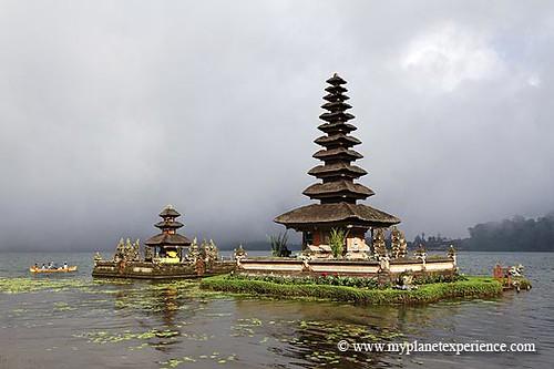 Bali experience : pura ulun danu