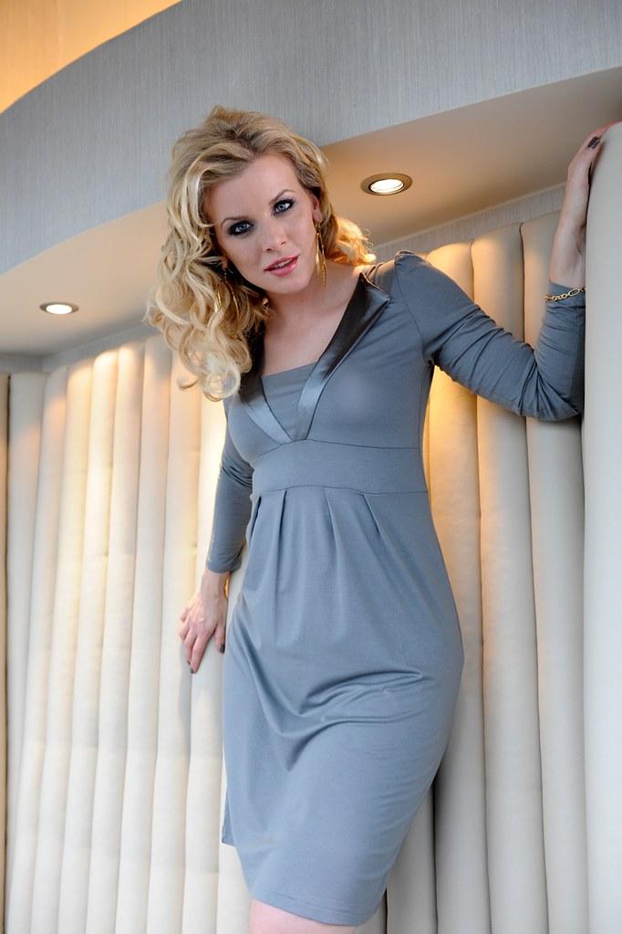 Farbbrillanz neuer Stil & Luxus Veröffentlichungsdatum Eva Habermann in Partykleid von bonprix | bonprix | Flickr