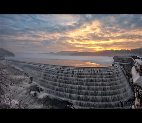 new ny newyork sunrise dam reservoir croton hdr
