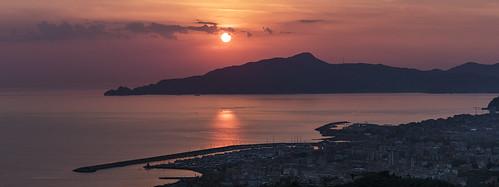 liguria acqua water mare sea sunset tramonto travel enricocusinatti sun italy italia sky clouds
