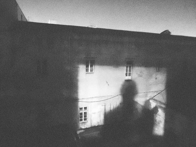 Febbraio, di notte.