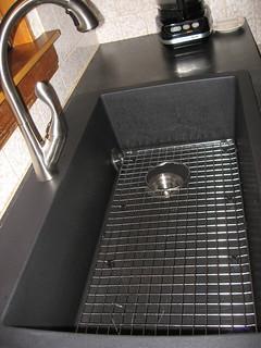 sink grid | by henbogle