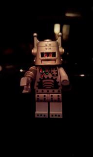 72/365 Lego Robot | by Hexagoneye Photography