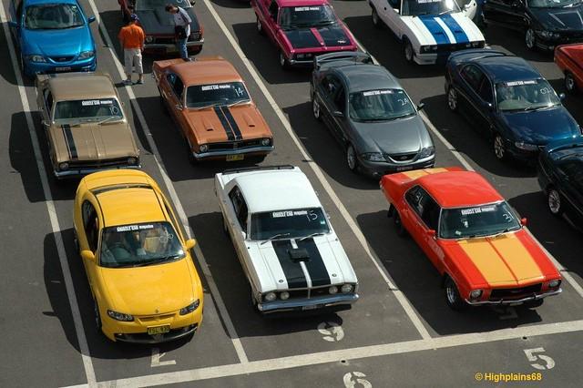Muscle car park