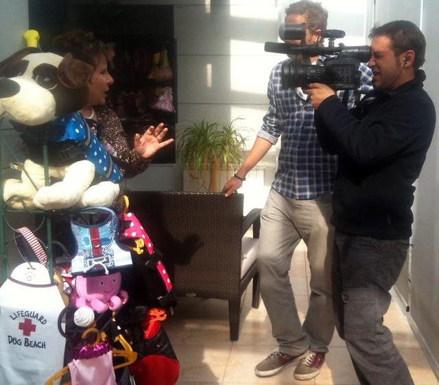 Cámara y entrevistador de Callejeros Viajeros, Cuatro