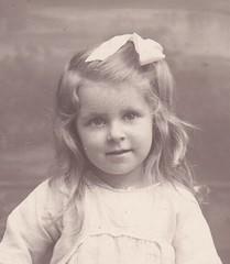 Grace Harvey aged abt 3 in 1923