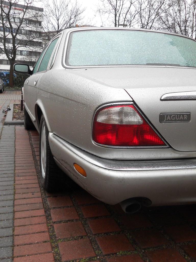 Jaguar XJ8 4-litre   X308, 1997-2003 en.wikipedia.org/wiki ...