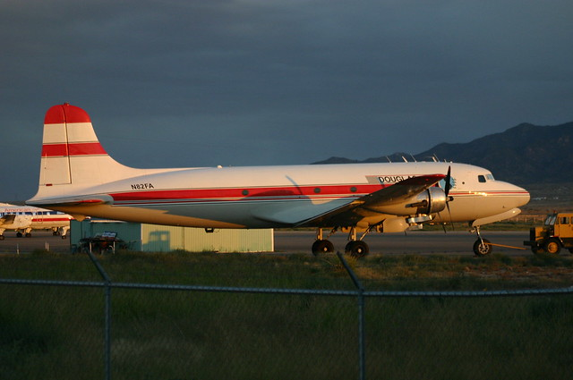 N82FA Douglas DC4