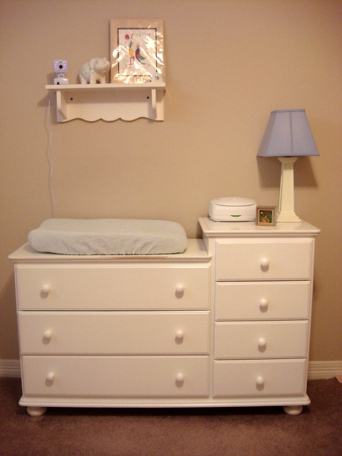 Etonnant Rumble Tuff White Dresser Changing Table Combo   Purchased A ...