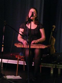 Jackie Oates (2011) 05