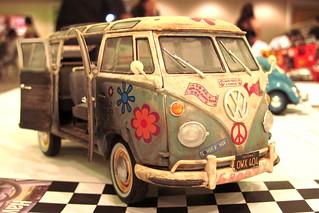 Hawaii NNL Model Car Show 2011: VW Microbus | by puuikibeach