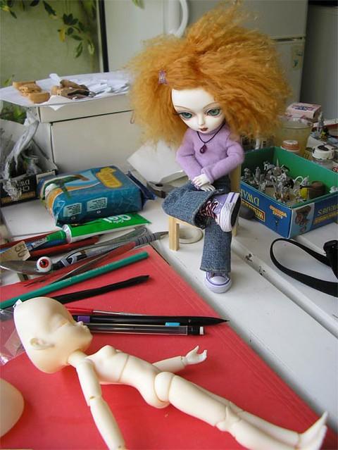 Cassandra in the beauty shop 5