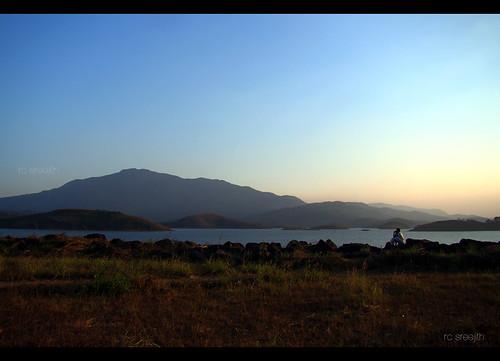 mountains nature waterfront natural kerala wayanad eveninglight silhouttes banasurasagardam banasurasagar manwithnature sreejithrc rcsreejith moutainsilhouttes manseeingmountains