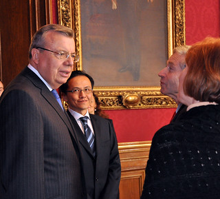 UNOV Director-General Yury Fedotov Meets with Mayor of Vienna Michael Häupl
