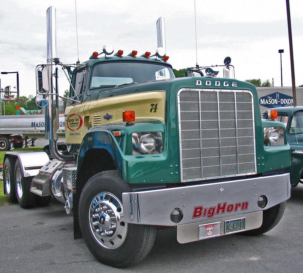 CLASSIC DODGE BIG HORN TRUCK TRACTOR