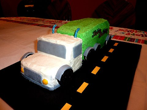 Superb Semi Truck Cake Amyliz Designs Flickr Funny Birthday Cards Online Alyptdamsfinfo