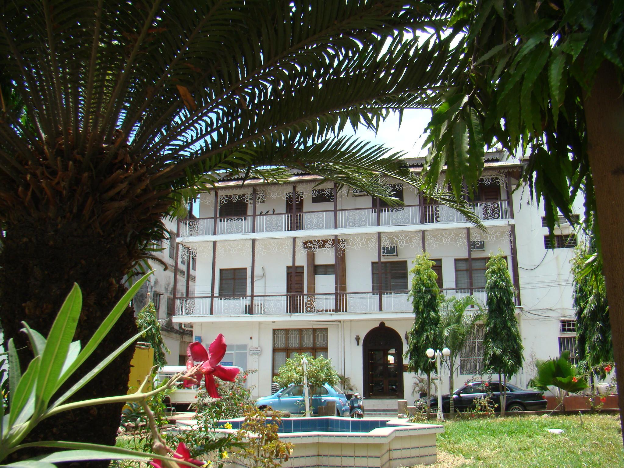 edificio antigua casa con balcones de Stone Town Zanzíbar Tanzania Patrimonio de la Humanidad Unesco