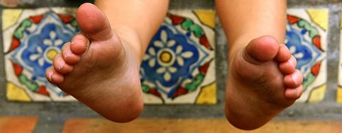 feet | by carvalho