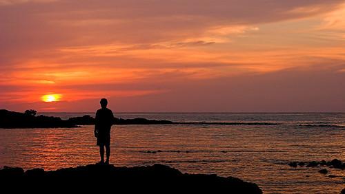 sunset silhouette hawaii human bigisland honokohau 19849c