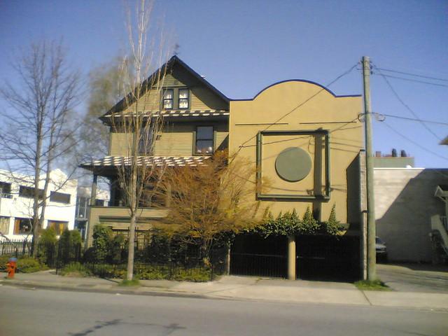 2000 Ontario St.