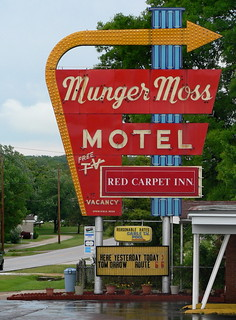 The Munger Moss Motel | by zheem