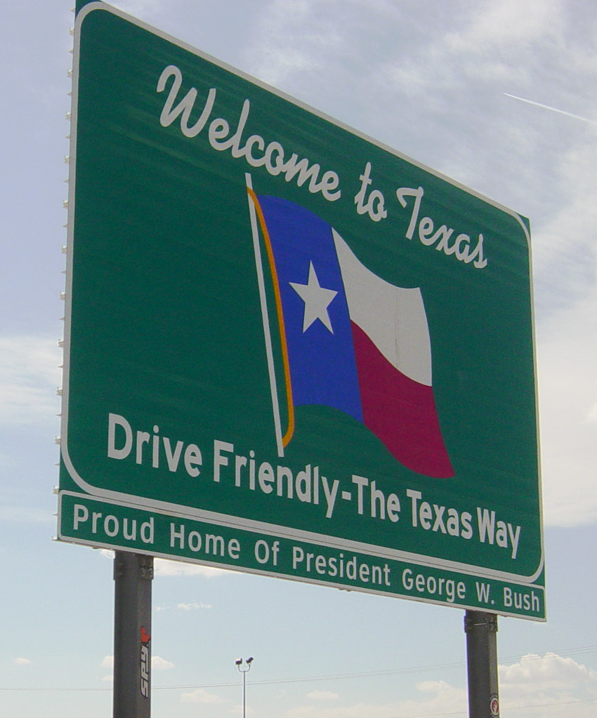 Welcome to Texas sign, I-10